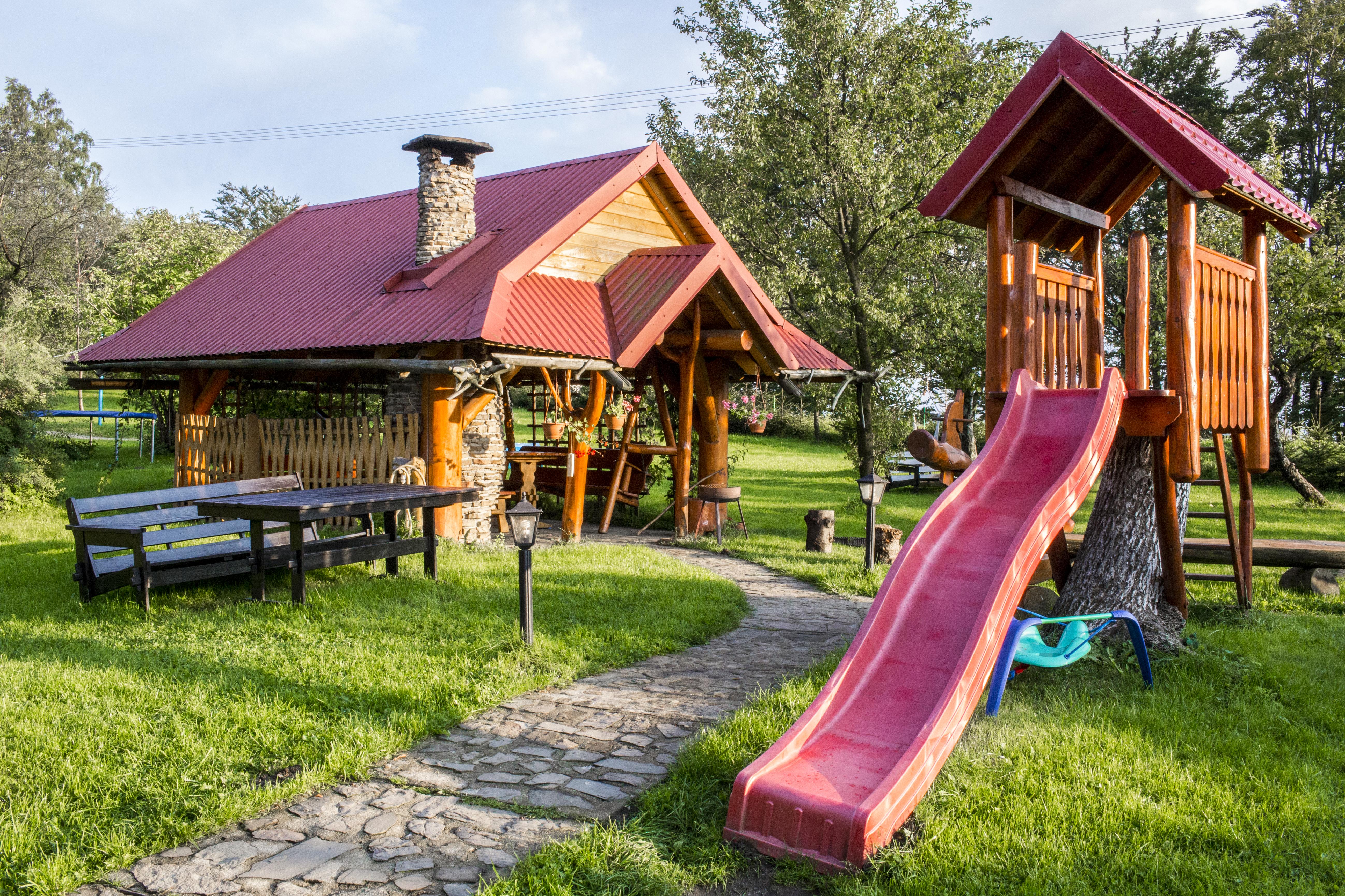 Plac Zabaw dla dzieci Wisła Bar Pod Piramidą ul. Kamienna19